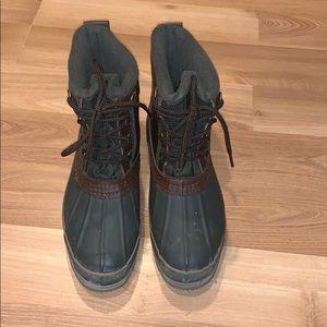 Sporto dark green muck/snow boots size 8